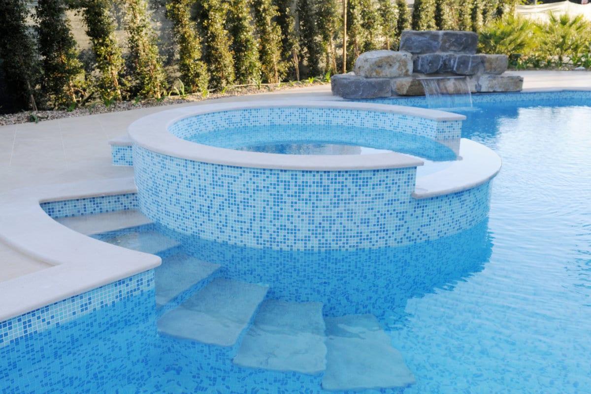 Inbouw zwembad soorten en prijzen for Opbouw zwembaden