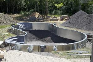Inbouw zwembad soorten en prijzen for Zelf zwembad bouwen betonblokken