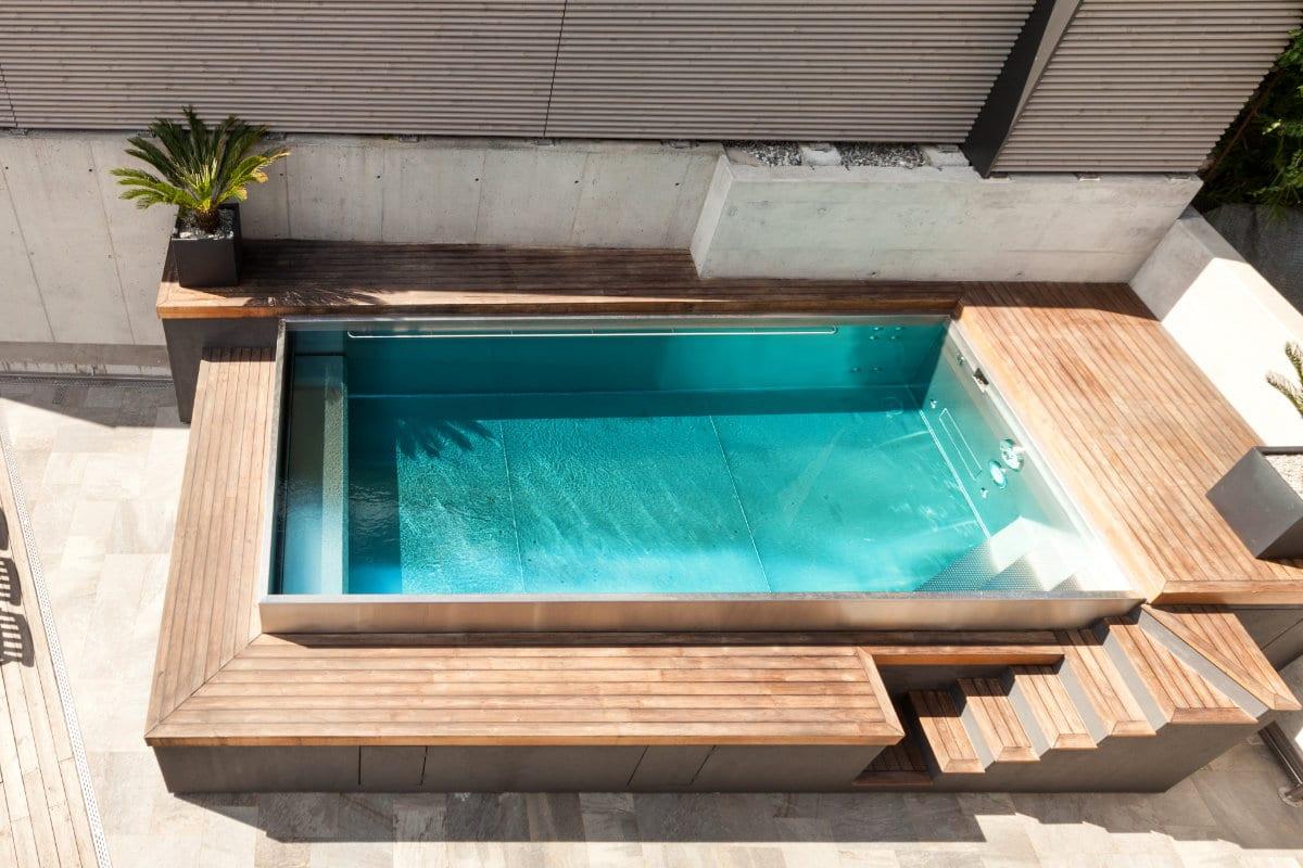 Inox zwembaden voor en nadelen mogelijkheden prijzen for Opbouw zwembaden