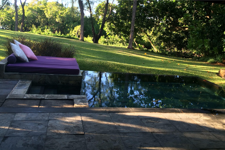 klein zwembad in tuin maken