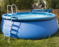 Opbouw zwembad plaatsen: materialen en hun prijzen
