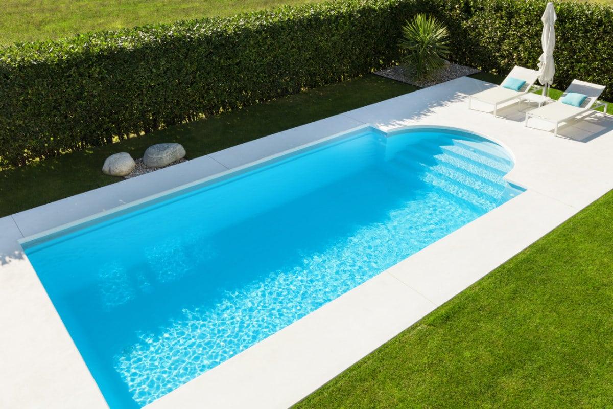zwembad aanleggen prijs